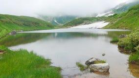 Λίμνη στο mountaintop Στοκ Εικόνες