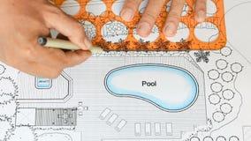 Λίμνη σχεδίων αρχιτεκτόνων τοπίου για τη βίλα πολυτέλειας φιλμ μικρού μήκους