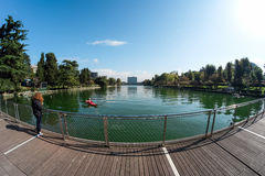 Λίμνη της ΕΥΡ στη Ρώμη με την πλατφόρμα Στοκ Εικόνες