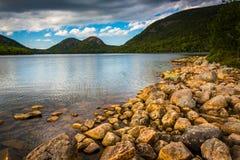 Λίμνη της Ιορδανίας και άποψη των φυσαλίδων στο εθνικό πάρκο Acadia, Mai Στοκ εικόνες με δικαίωμα ελεύθερης χρήσης