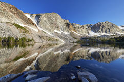 Λίμνη της Marie, χιονώδης σειρά, Ουαϊόμινγκ Στοκ Εικόνες