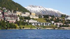 Λίμνη του ST Moritz - αλπικό σενάριο φιλμ μικρού μήκους