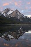 Λίμνη του Stanley και αιχμή McGown Στοκ Εικόνες
