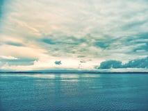 Λίμνη το βράδυ στοκ φωτογραφίες με δικαίωμα ελεύθερης χρήσης
