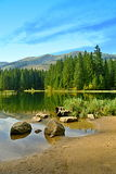 Λίμνη χαμηλό Tatras Σλοβακία 2 βουνών Vrbicke pleso Vrbicke Στοκ Φωτογραφία