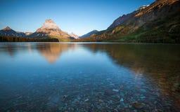 Λίμνη δύο ιατρικής, εθνικό πάρκο παγετώνων, το πρωί Στοκ Εικόνες
