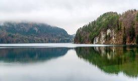 Λίμνη Alpsee σε Hohenschwangau, Γερμανία Στοκ Φωτογραφία