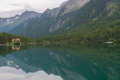 Λίμνη Anterselva, δολομίτες Στοκ Εικόνες
