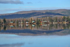 Λίμνη Brich στην εθνική οδό 3 της Αλάσκας Στοκ Εικόνες