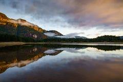 Λίμνη Buttle, επαρχιακό πάρκο Strathcona, ποταμός Campbell, βρετανικά Στοκ Εικόνες
