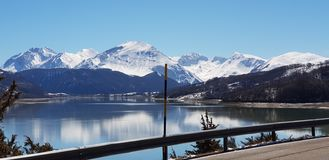 Λίμνη Campotosto στοκ φωτογραφία με δικαίωμα ελεύθερης χρήσης