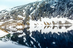 Λίμνη Djupvatnet, Νορβηγία Στοκ Εικόνα