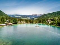 Λίμνη Dobbiaco στοκ εικόνα