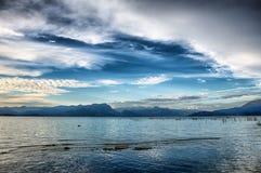 Λίμνη Garda ` s στο ηλιοβασίλεμα Στοκ εικόνα με δικαίωμα ελεύθερης χρήσης