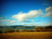 Λίμνη Lipno την προσεχή άνοιξη Στοκ Φωτογραφία