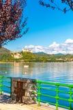 Λίμνη maggiore Λομβαρδία, Ιταλία του Castle Angera Στοκ Εικόνες