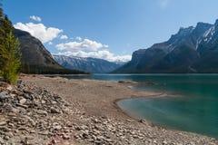 Λίμνη Minnewanka, Αλμπέρτα, Καναδάς στοκ φωτογραφία