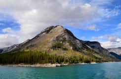 Λίμνη Minnewanka στοκ εικόνες με δικαίωμα ελεύθερης χρήσης