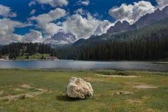 Λίμνη Misurina, δολομίτες, Ιταλία. στοκ εικόνα