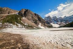Λίμνη Moraine, εθνική χώρα Banff, Αλμπέρτα, Καναδάς στοκ φωτογραφία με δικαίωμα ελεύθερης χρήσης
