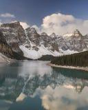 Λίμνη Moraine, εθνικό πάρκο Banff, Αλμπέρτα, Καναδάς Στοκ Εικόνα