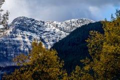 Λίμνη Moraine, εθνικό πάρκο Banff, Αλμπέρτα, Καναδάς Στοκ εικόνα με δικαίωμα ελεύθερης χρήσης
