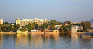 Λίμνη Pichola ξενοδοχείων παλατιών της Leela στοκ εικόνα με δικαίωμα ελεύθερης χρήσης