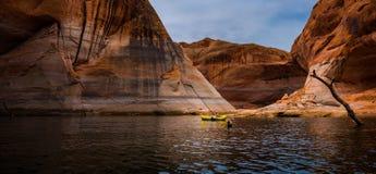 Λίμνη Powell Kayaking στοκ εικόνα με δικαίωμα ελεύθερης χρήσης