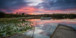 Λίμνη Rusky στη Dawn Στοκ Εικόνα