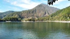 Λίμνη Sarangan στην πόλη Magetan, ανατολική Ιάβα, Ινδονησία στοκ φωτογραφία
