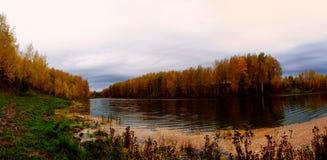 Λίμνη Syksyn Στοκ Φωτογραφίες