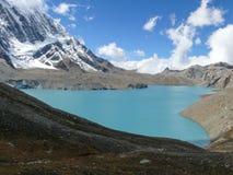 Λίμνη Tilicho και αιχμή Tilicho, Νεπάλ Στοκ εικόνες με δικαίωμα ελεύθερης χρήσης