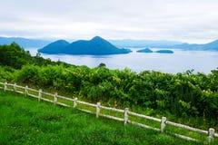 Λίμνη Toya στο σημείο άποψης γεφυρών παρατήρησης Sairo, Hokkaido, Ιαπωνία Στοκ Φωτογραφία