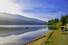 Λίμνη Westwood κατά τη διάρκεια της πτώσης σε Nanaimo, Π.Χ., Καναδάς στοκ εικόνες με δικαίωμα ελεύθερης χρήσης