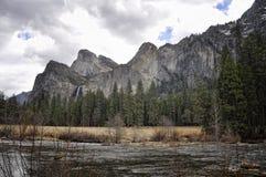 Λίμνη Yosemite Στοκ εικόνες με δικαίωμα ελεύθερης χρήσης