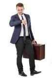 Λαβή επιχειρηματιών μια βαλίτσα, που απομονώνεται στοκ φωτογραφίες με δικαίωμα ελεύθερης χρήσης