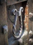 Λαβή πορτών σιδήρου αναγέννησης, Como, Ιταλία Στοκ Φωτογραφίες