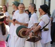 Λαγοί Krishna/παίζοντας μουσική και τραγούδι στοκ φωτογραφία