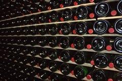 λαμπιρίζοντας κρασί κελαριών στοκ φωτογραφία