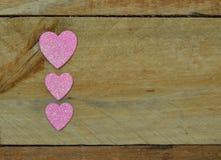 Λαμπιρίζοντας ρόδινες καρδιές για την ημέρα του βαλεντίνου Στοκ Εικόνες