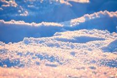 Λαμπιρίζοντας χιόνι το χειμώνα Στοκ Φωτογραφίες