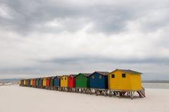 Λαμπρά χρωματισμένες καλύβες 3 παραλιών Στοκ Εικόνα