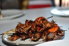 Λαμπρές ψημένες στη σχάρα γαρίδες satay στοκ εικόνα με δικαίωμα ελεύθερης χρήσης