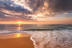 Λαμπρή ωκεάνια ανατολή Στοκ Φωτογραφία