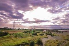 Λαμπρός ουρανός - πόλη της Σαϊτάμα - Ιαπωνία στοκ φωτογραφία με δικαίωμα ελεύθερης χρήσης