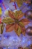 Λαμπρό αντικείμενο διακοσμήσεων στα Χριστούγεννα στοκ εικόνες με δικαίωμα ελεύθερης χρήσης
