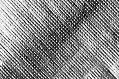 Λαμπρό ασημένιο διακοσμητικό φύλλο αλουμινίου facture Μακρο υπόβαθρο σύστασης Κανονικό σχέδιο των μικρών προσκρούσεων στην επιφάν Στοκ Φωτογραφίες
