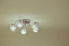 Λαμπτήρας εσωτερικού φωτισμού πολυτέλειας για το εγχώριο ντεκόρ Στοκ φωτογραφία με δικαίωμα ελεύθερης χρήσης