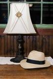 Λαμπτήρας και καπέλο Στοκ Φωτογραφία