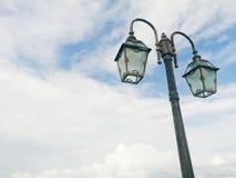 Λαμπτήρας οδών στον ουρανό Στοκ εικόνες με δικαίωμα ελεύθερης χρήσης